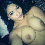 Nadira, beurette à gros seins en manque de sexe